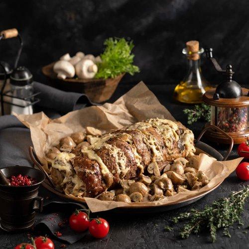 Мясная гармошка с сыром и грибами