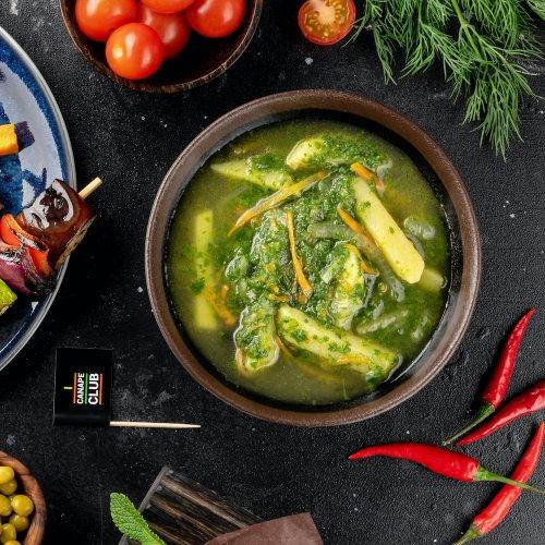 Зеленые щи со шпинатом